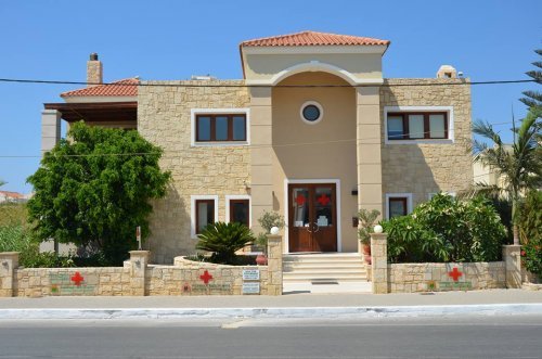 mary apartments crete platanias